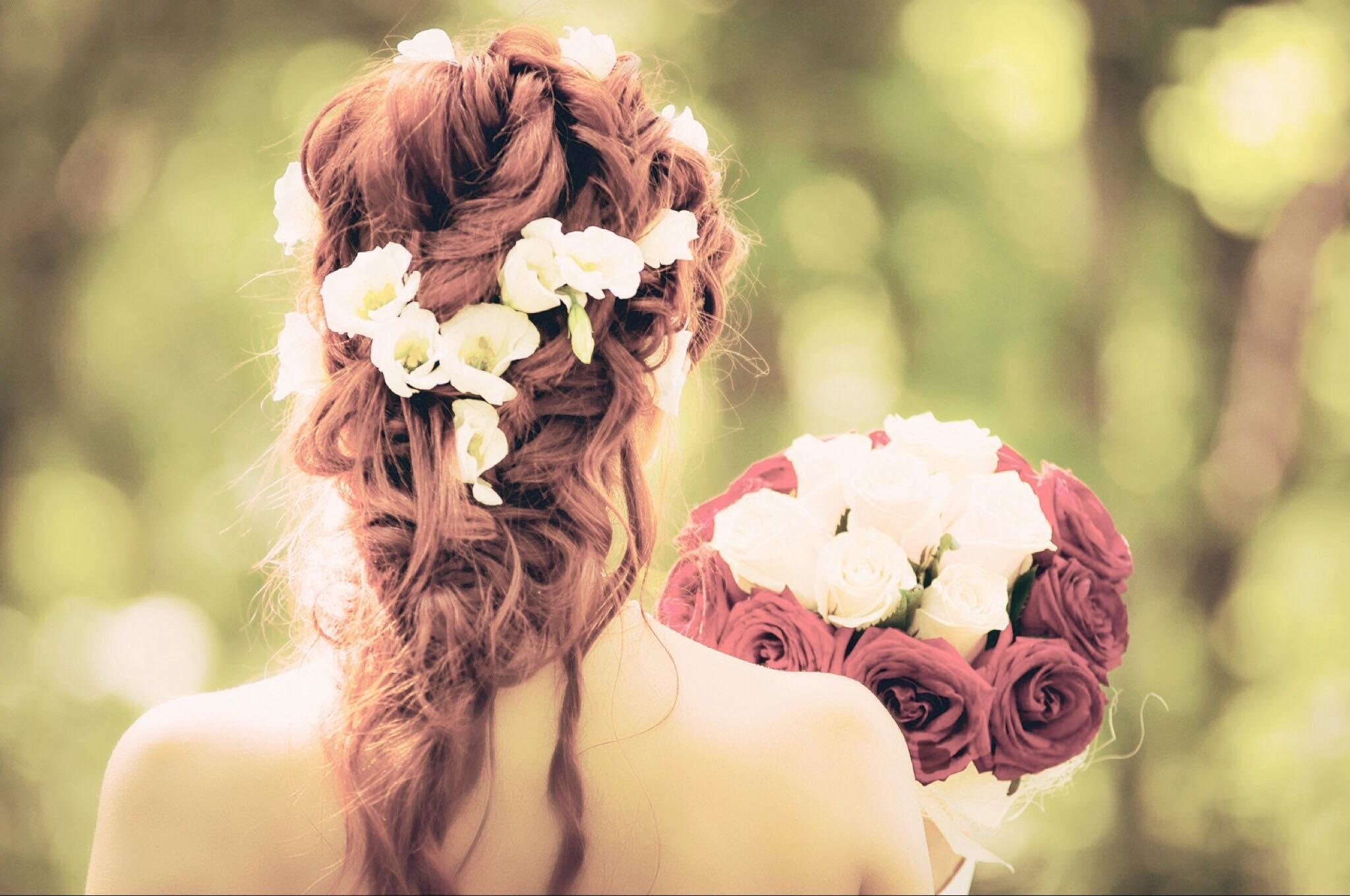 52d20652a547 Abito sposo  originalità è la parola d ordine! In generale puntate su  qualcosa di non convenzionale  papillon